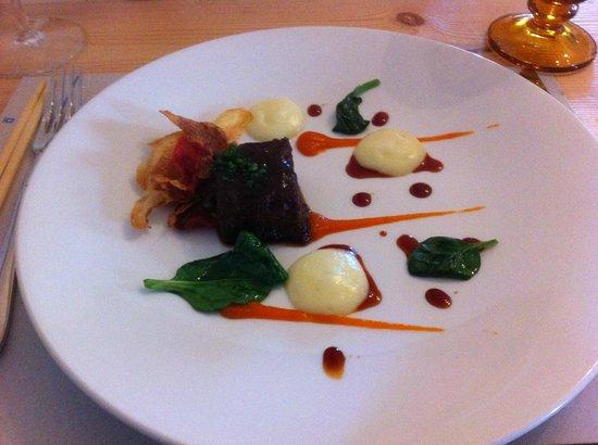 La Candela: Taco de rabo de toro delicioso.