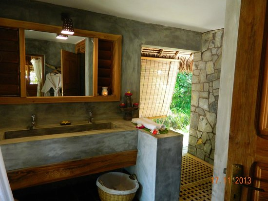 Tsara Komba Luxury Beach Forest Lodge: Bathroom