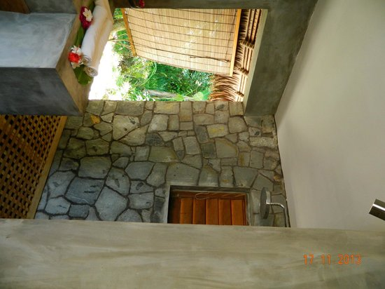 Tsara Komba Luxury Beach Forest Lodge: Semi-open shower