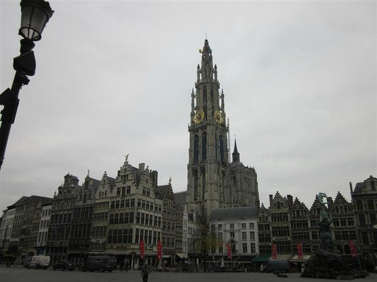Liebfrauenkathedrale (Onze-Lieve-Vrouwekathedraal): главный кафедральный собор Антверпена