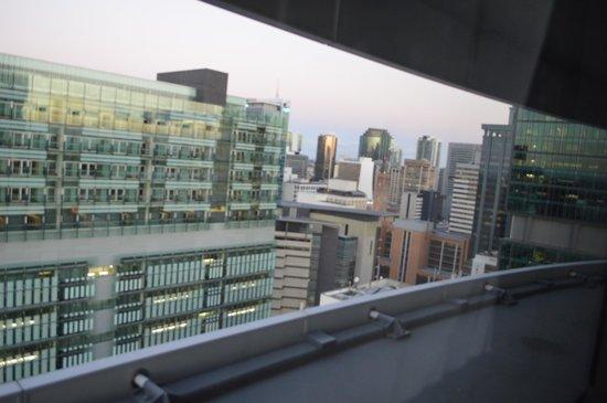 Meriton Suites Herschel Street, Brisbane: 1 bed - view from bedroom