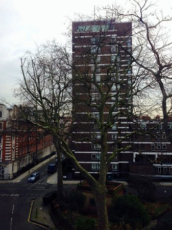 Studios2Let Serviced Apartments - Cartwright Gardens: view opposite to the left of apartment