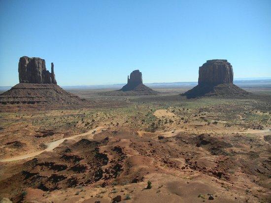 Navajo National Monument : Заповедник Навахо, парк Монументов