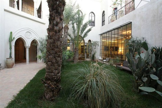 Palais Khum : Espace Jardin