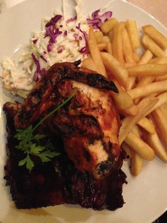 Maxwell's : My dinner, which was amazing, piri piri chicken, bbq ribs and chips and SLAW
