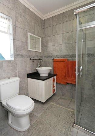 Oudtshoorn Overnight: 1 bedroom unit