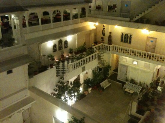 Jagat Niwas Palace Hotel: Hotel view from inside
