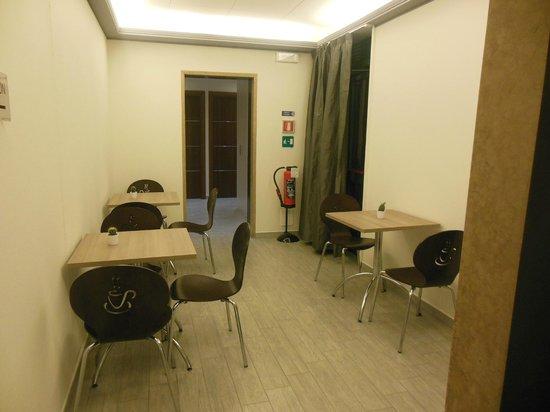 Esco Hotel Milano: Dining area