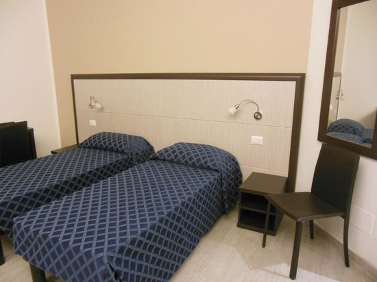 Esco Hotel Milano: Single beds