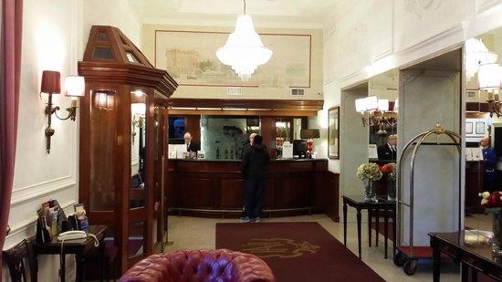 Hotel Nord Nuova Roma: LOBBY