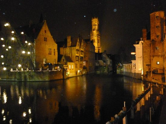 Anselmus Hotel : Bruges on New Years Eve