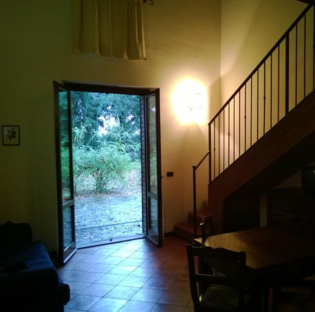 Montecorneo Country House : Accesso diretto al parco - Direct access to the park