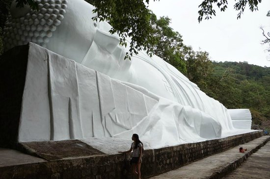 Linh Son Truong Tho pagoda : Статуя Будды