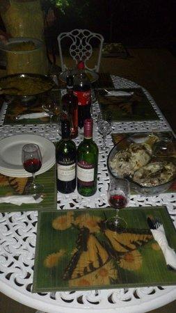 Villa Dorado: dinner