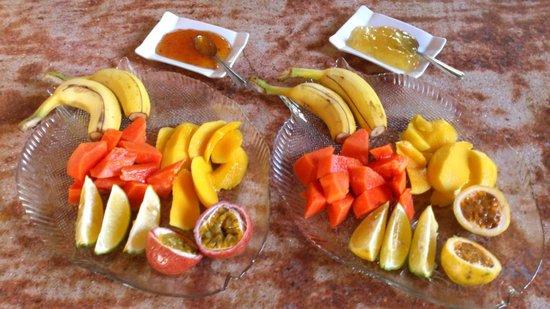 Villa Dorado: breakfast