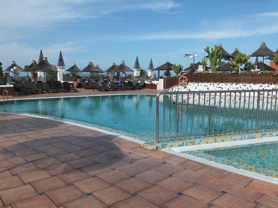 Flamingo Beach Mate : pool area