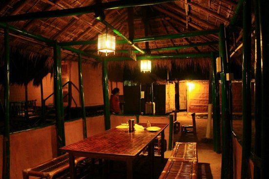 Nature Hunt Eco Camp, Kaziranga: Dinning Hall