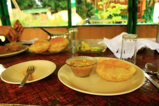 Nature Hunt Eco Camp, Kaziranga: Morning Delicious Breakfast