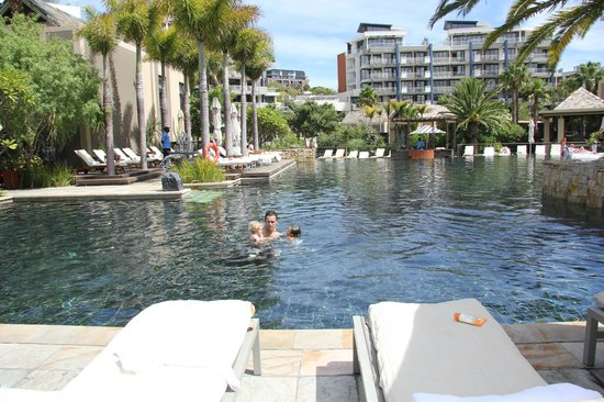 One&Only Cape Town: the pool