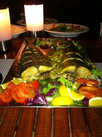 Shangri La Barr Al Jissah Resort & Spa-Al Bandar: Mahi Mahi which my dad caught and chefs prepared for us specially