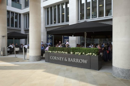 Corney & Barrow - Paternoster Square: outside terrace