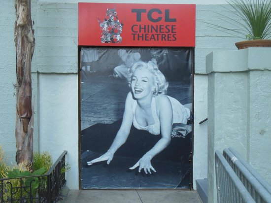 Elite Adventure Private Tours: Marilyn Monroe at the Chinese Theatre