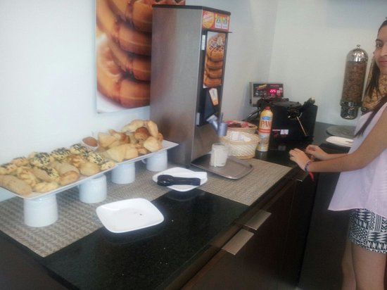 LQ Hotel by La Quinta Cancun: Puedes hacer tus wafles rapidísimo