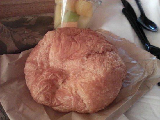 Craddock Terry Hotel: Breakfast Croissant