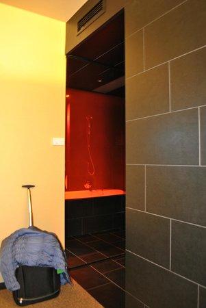 Axel Hotel Berlin : entrata della camera