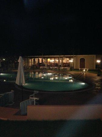 Hacienda De Goa Resort: Pool