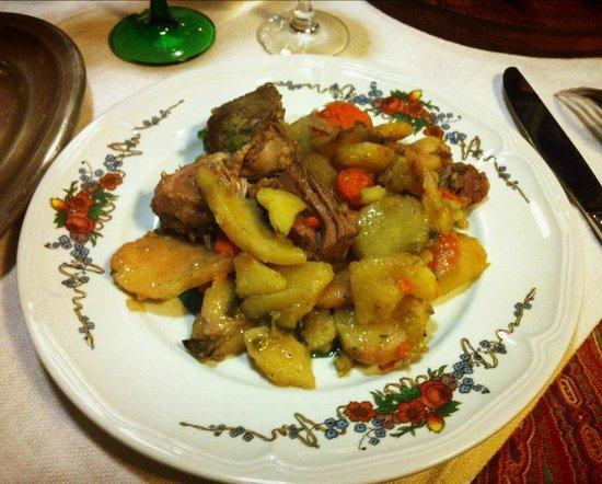 Gurtlerhoft: Baeckeoffe servi dans l'assiette