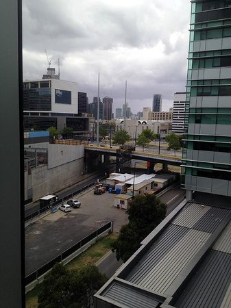 Travelodge Melbourne, Docklands: City view