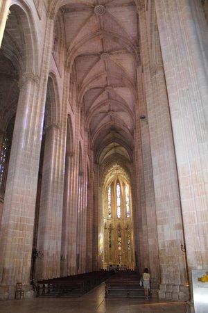 Santa Maria Church: Галерея тишины короля Диниша