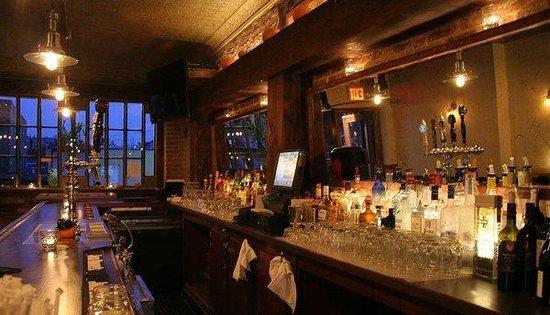 Club 21 Bar & Lounge