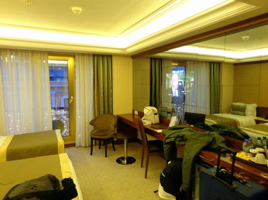 Eurostars Hotel Old City: Moderno