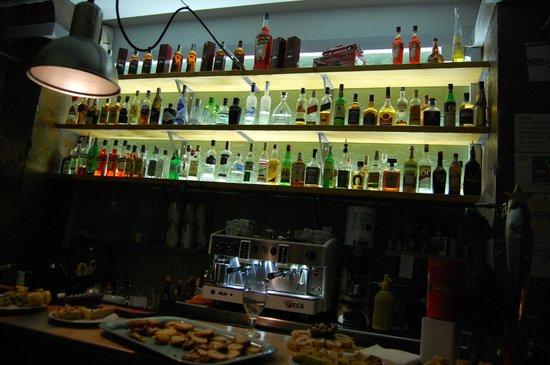 Gran Torino Garage Bar : Bar