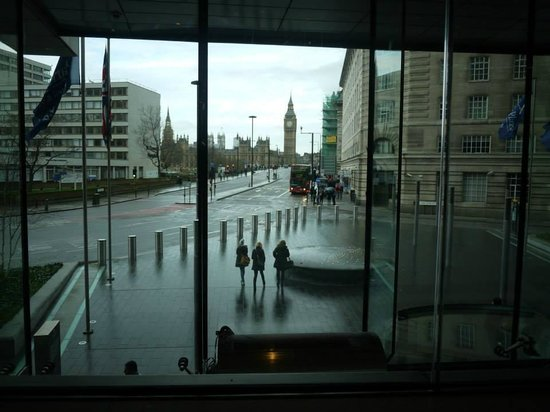Park Plaza Westminster Bridge London: View From Lobby