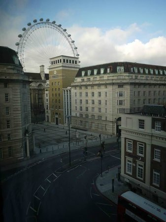 Park Plaza Westminster Bridge London: View From Room 582
