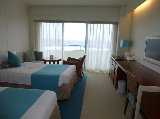 ANA InterContinental Manza Beach Resort: 客室