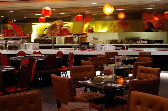 The Palace Hotel Kota Kinabalu: Inside the Tangering Cafe