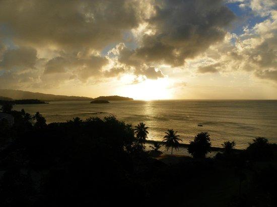 St. James's Club Morgan Bay: Coucher de soleil