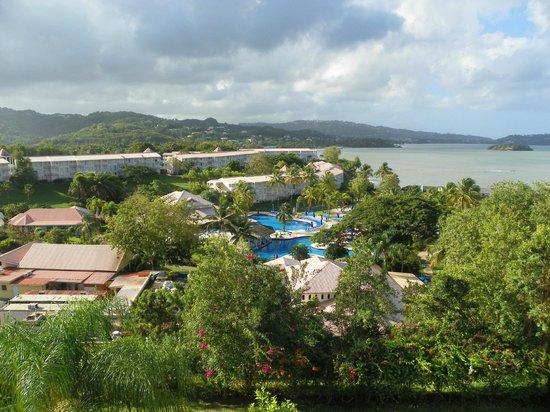 St. James's Club Morgan Bay: Vue de la chambre les piscines