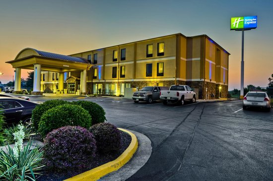 Come stay at the beautiful Holiday Inn Express Chillicothe East!!