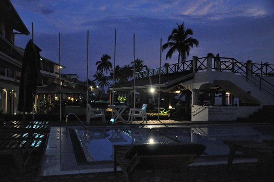 Coral Sands Hotel: abends im Hotel