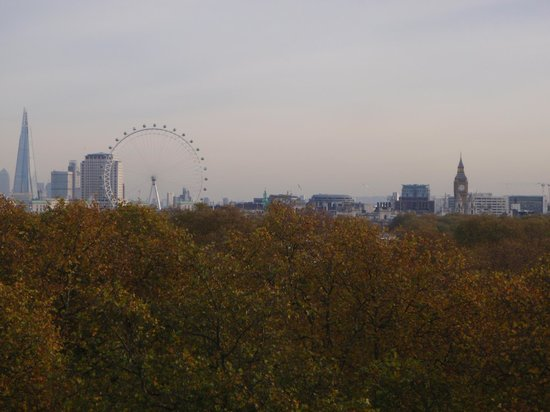 """London Marriott Hotel Park Lane: View from the room -- Tower Clock (Big Ben), the """"Shard"""", and the London Eye ferris wheel."""