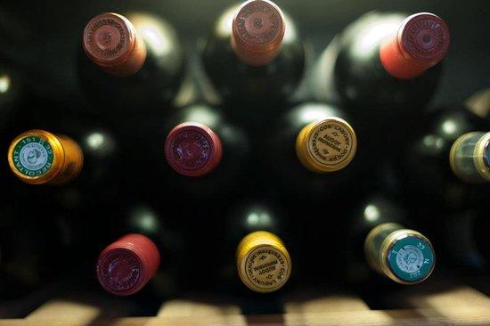 PUUR M: Diverse wijnen