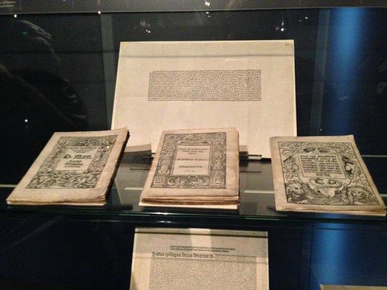 Gutenberg-Museum: 1e edizioni Martin Lutero