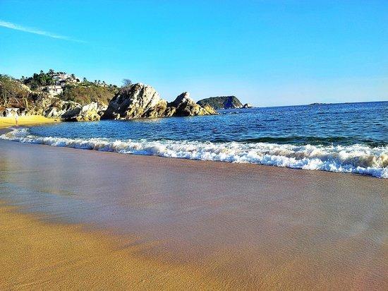 Tangolunda : great beach