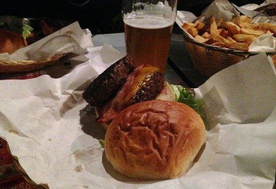 Ninkasi Gerland : Burgers/Frites/Bieres