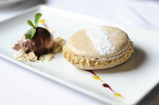Restaurant Auberge Du Cheval Blanc: Un dessert